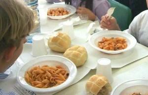 mensa-scuola-cuoca-ladra
