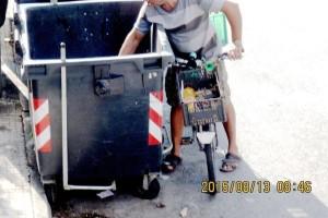 scava spazzatura