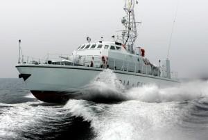 Roma 28 giugno 2006 foto di Angelo FRANCESCHI Guardia di Finanza, a bordo del Guardacoste Conversano.
