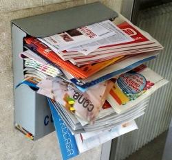 volantini-cassetta-postale